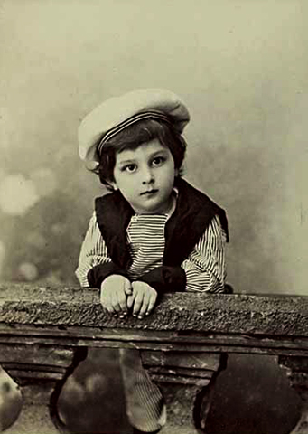 Борис Шапошников в детстве