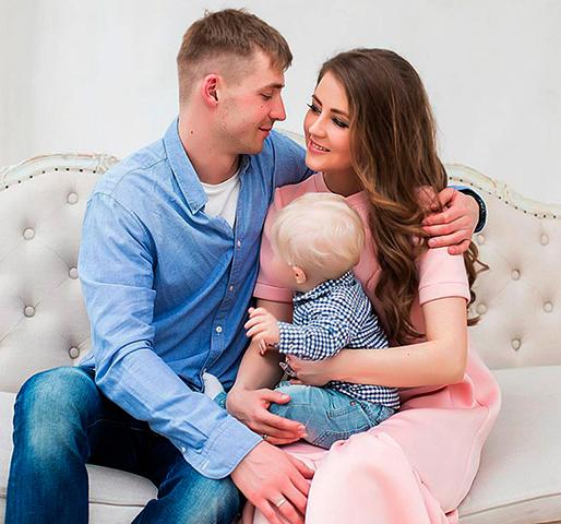 С Анной Михайловской и сыном Мирославом