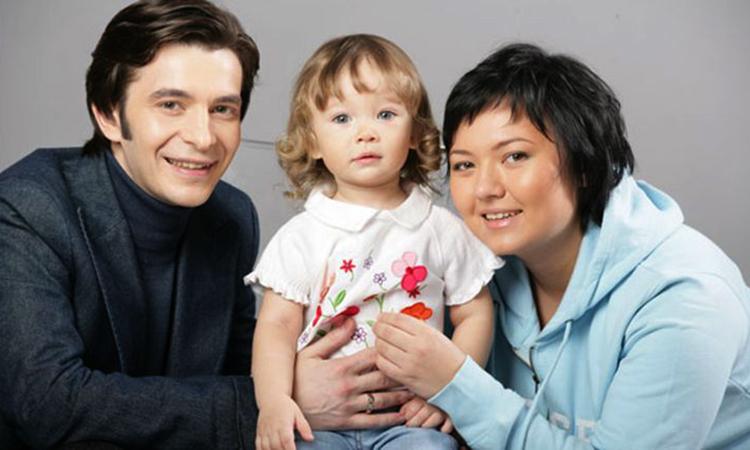 С женой Лилией и дочерью Соней