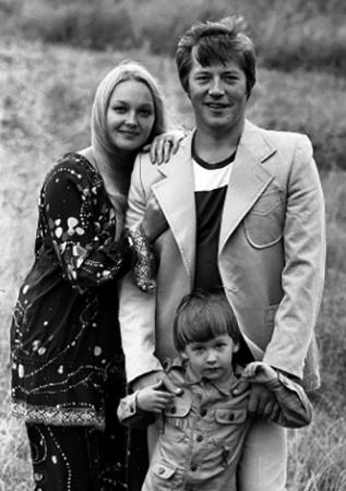 С мужем Евгением и сыном Федором