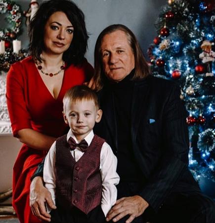 С Евгенией Гранде и сыном Александром