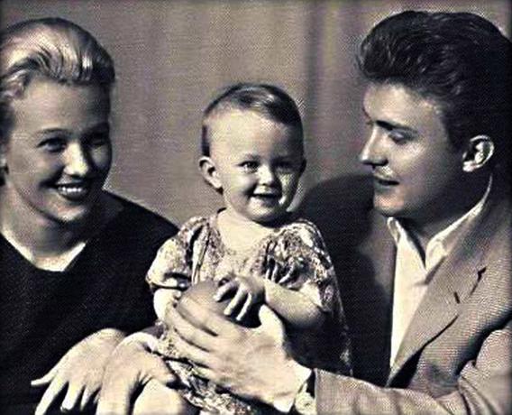 С первой женой Ингой и дочерью Вероникой