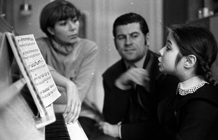 С женой Эдитой и дочерью Илоной