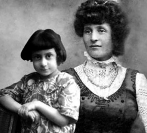 Первая жена Иде с сыном Альбино