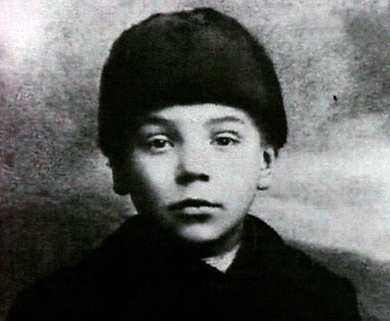 Алексей Грибов в детстве