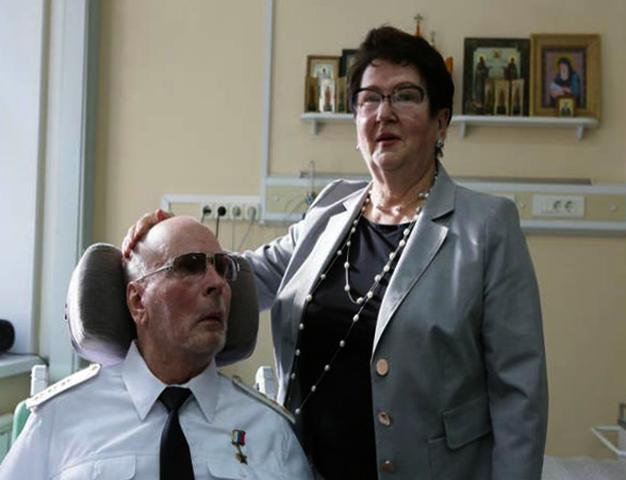 Герой Российской Федерации Анатолий Романов с женой Ларисой