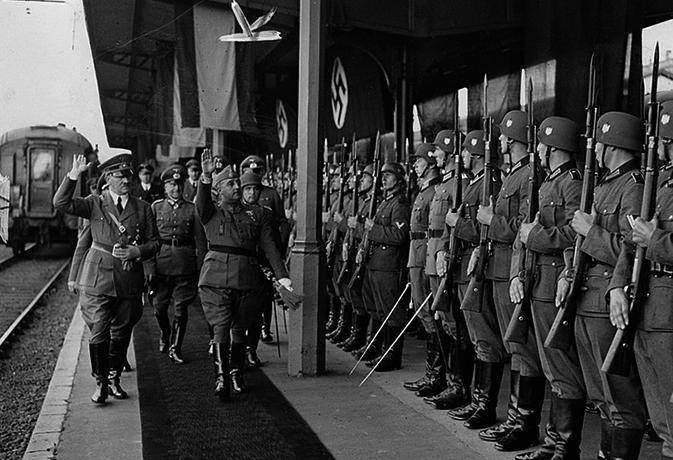 Франко и Адольф Гитлер на встрече в Андае, 1940