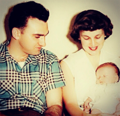Мадонна в младенчестве с родителями