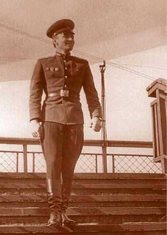 Сержант Анатолий Романов (1968)