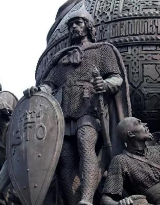 Князь Рюрик на Памятнике «Тысячелетие России»
