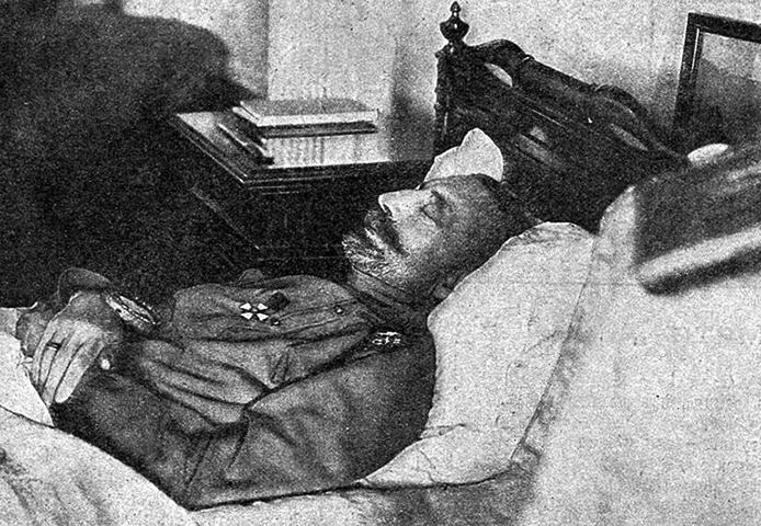 Константин Романов на смертном одре