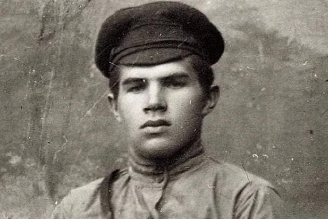 Василий Чуйков в юности