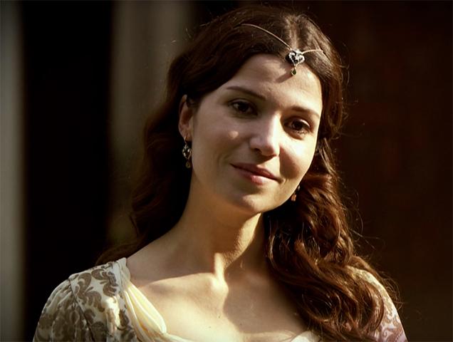 Сельма Эргеч, исполнившая роль Хатидже Султан в сериале «Великолепный век»