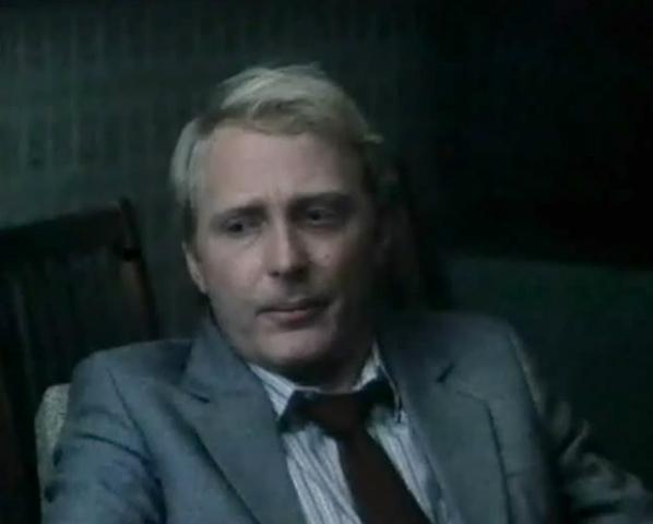 В фильме «Человек из черной Волги» (1990)