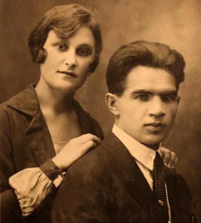 С женой Валентиной в молодости
