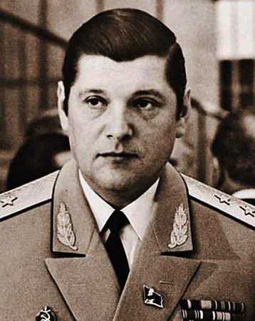 Юрий Чурбанов в молодости