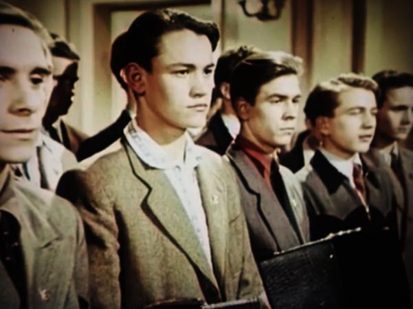 В фильме «Аттестат зрелости» (1954)