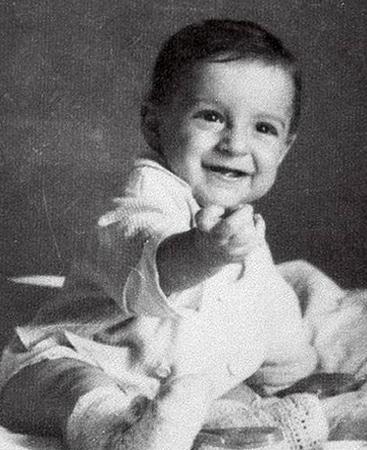 Геннадий Хазанов в младенчестве
