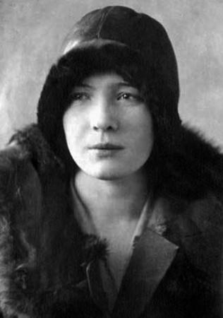 Ольга Берггольц в 1930 г.