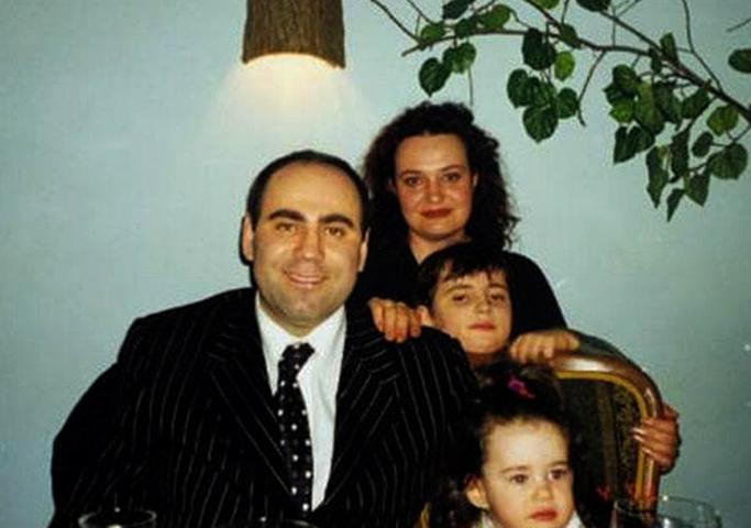 С первой женой Еленой и детьми