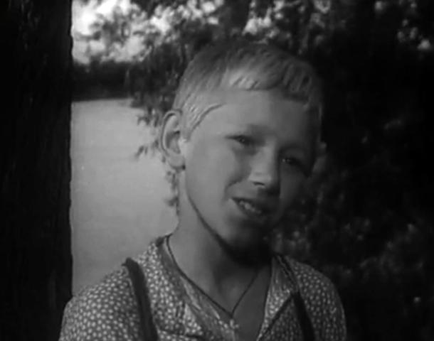 В фильме «На графских развалинах» (1957)
