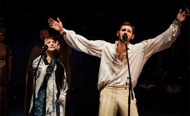 Семен Шкаликов в театре