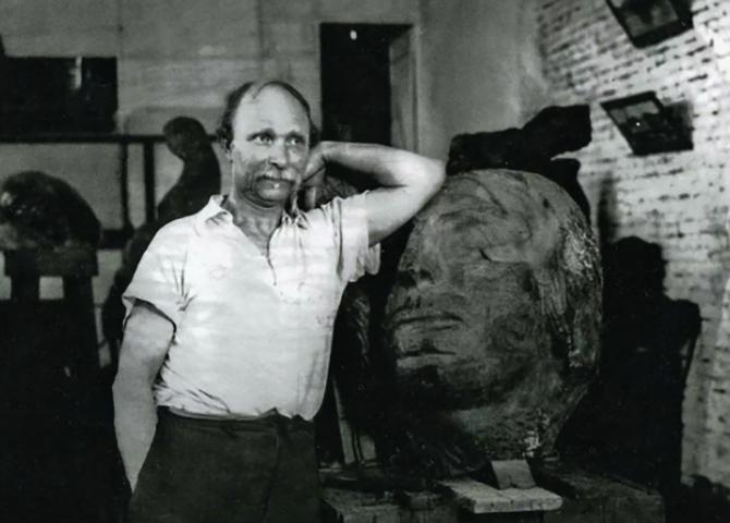 Знаменитый скульптор Степан Эрьзя