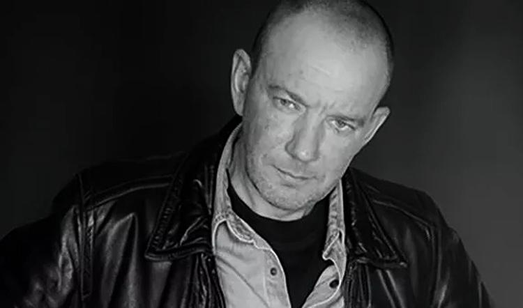 Актер Виталий Жигалин