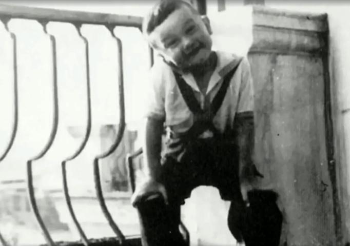 Леонид Серебренников в детстве