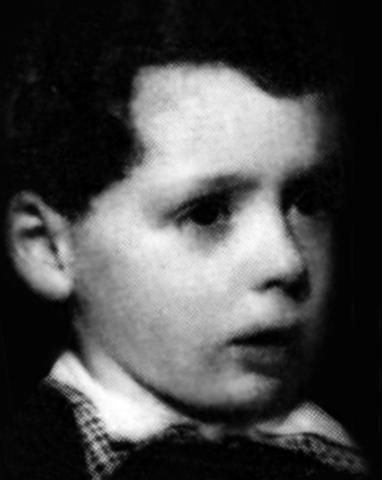 Эдвард Радзинский в детстве