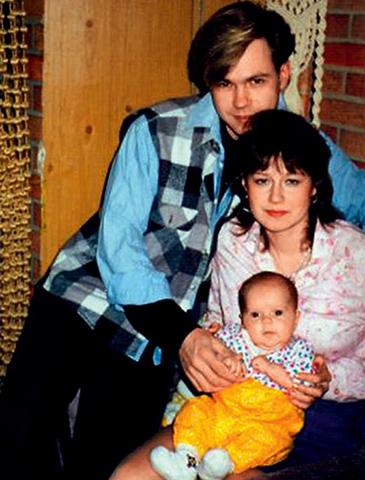 С первой женой Мариной и дочерью Викторией