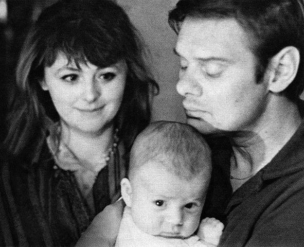 С третьей женой Натальей Селезневой и сыном Егором