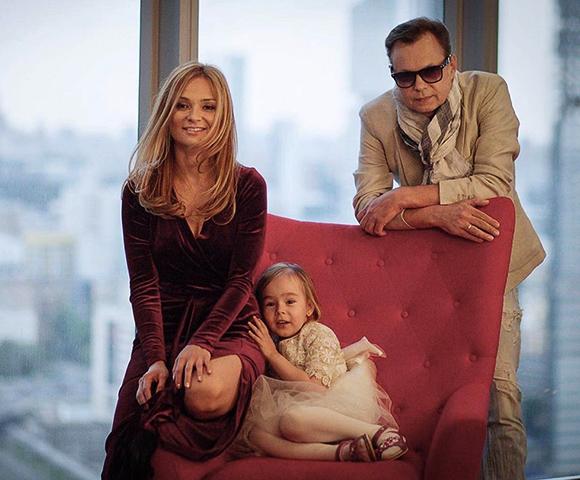 С третьей женой Мариной и дочерью Никой
