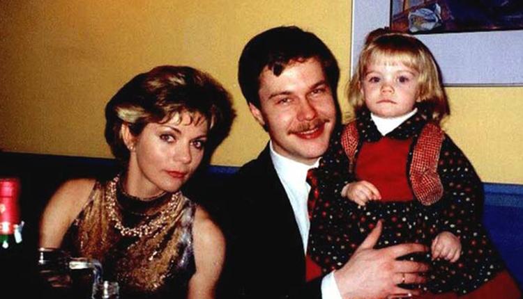 С первым мужем Денисом и дочерью Алесей
