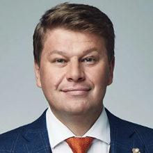 Биография Дмитрия Губерниева
