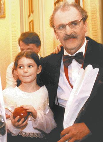 Со знаменитым дедушкой Юрием Яковлевым