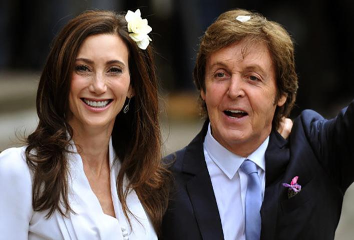 С третьей женой Нэнси Шевелл