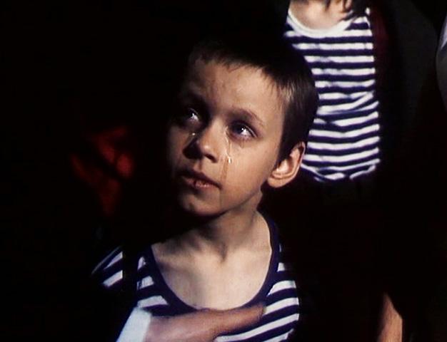 В фильме «Окно в Париж» (1993)