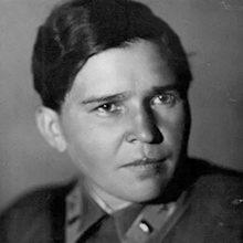 Полина Осипенко — краткая биография