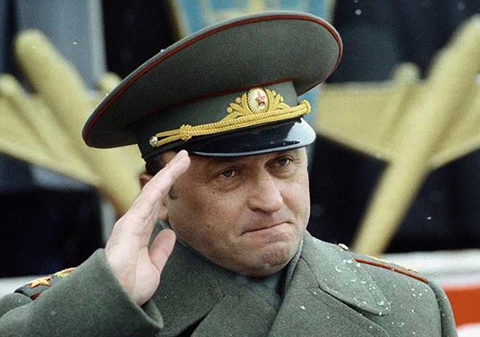 Военачальник Павел Грачев