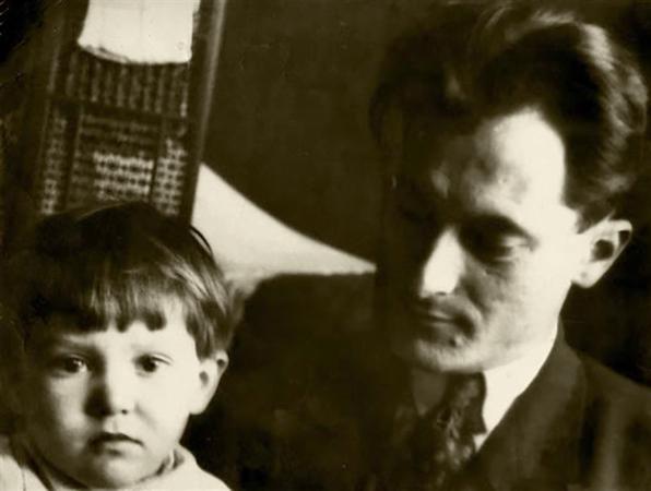 Евгений Петров с сыном