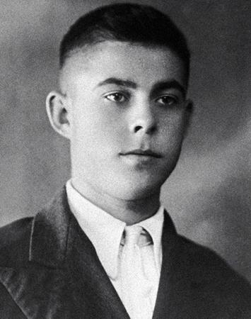 Георгий Береговой в юности