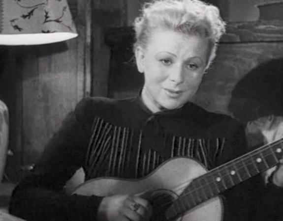 В фильме «Жди меня» (1943)