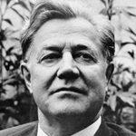 Алексей Александрович Сурков — краткая биография