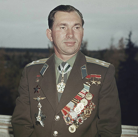 Летчик-космонавт Павел Беляев