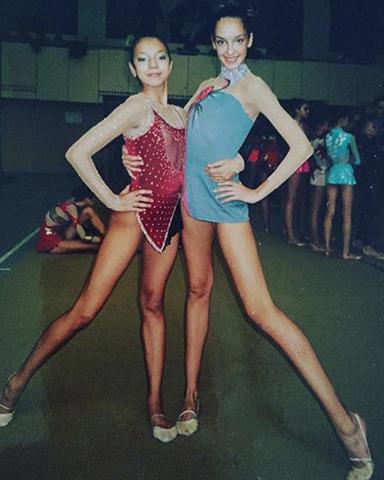 Татьяна Храмова (справа) в юности