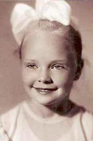 Наталия Белохвостикова в детстве