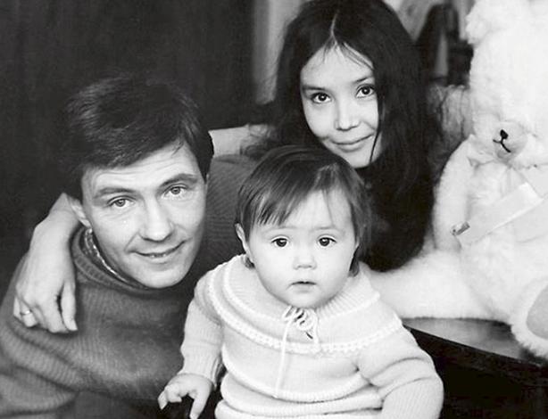 Со вторым мужем Николаем и дочерью Екатериной