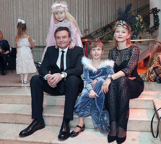 С Алексеем Учителем и детьми