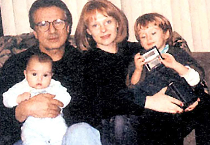 С Георгием Пусепом и детьми Евгением и Зиновией